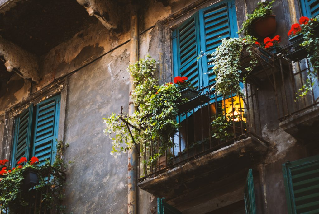 Valentine's Day – The Juliet Balcony